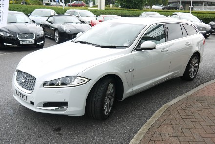 JAGUAR 2.2d (200) Luxury 5dr Auto
