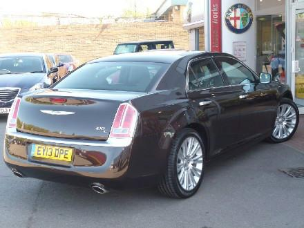 Chrysler 300C 3.0 V6 CRD Executive 4dr Auto