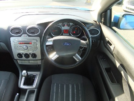 FORD 1.8 Style 5dr