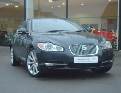 JAGUAR V6 Premium Luxury Auto