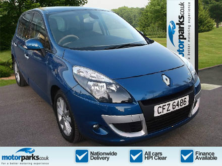 RENAULT 2.0 dCi Privilege TomTom 5dr A