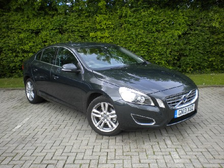 Volvo S60 D2 115hp SE Lux 4dr with Winte